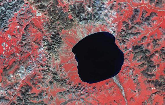 кратер Эльгыгытгын