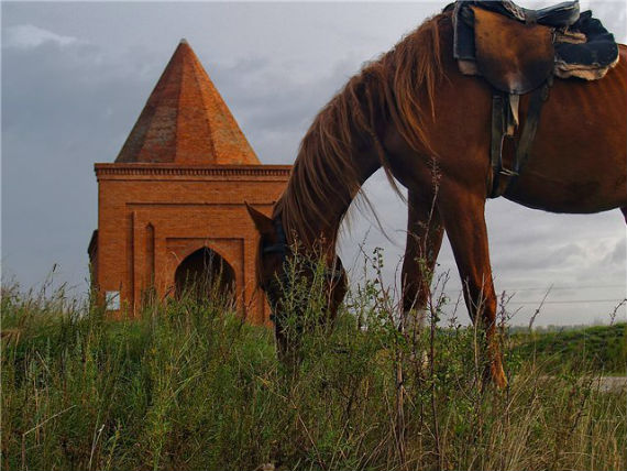 мавзолей Кесене