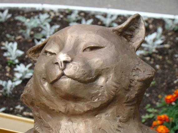Ешкин кот памятник в йошкар оле цена на памятники москвы к берлину путь был очень длинный
