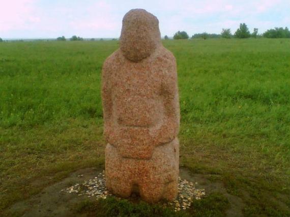 каменная баба - половецкий воин