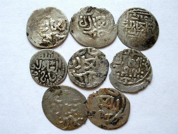 Монеты, найденные на месте раскопок