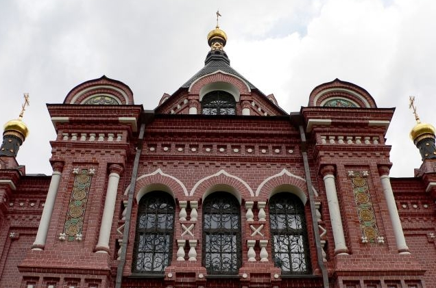 cerkov-aleksandra-nevskogo 2