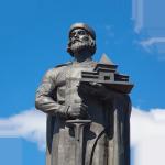 pamyatnik-yaroslavu-mudromu-v-yaroslavle