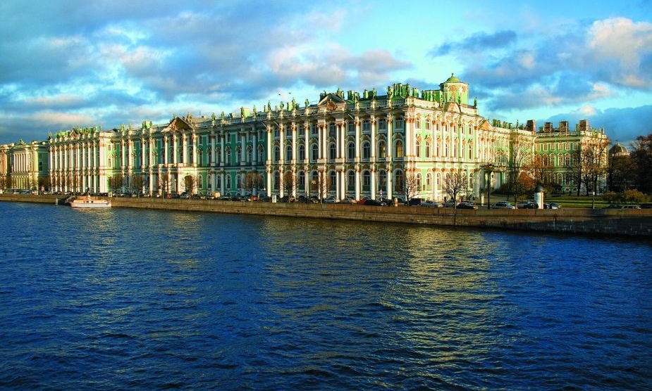 zimnij-dvorec-v-peterburge 1