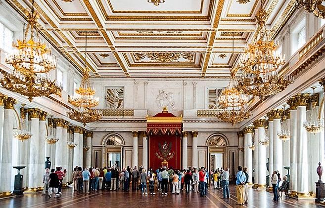 zimnij-dvorec-v-peterburge 4
