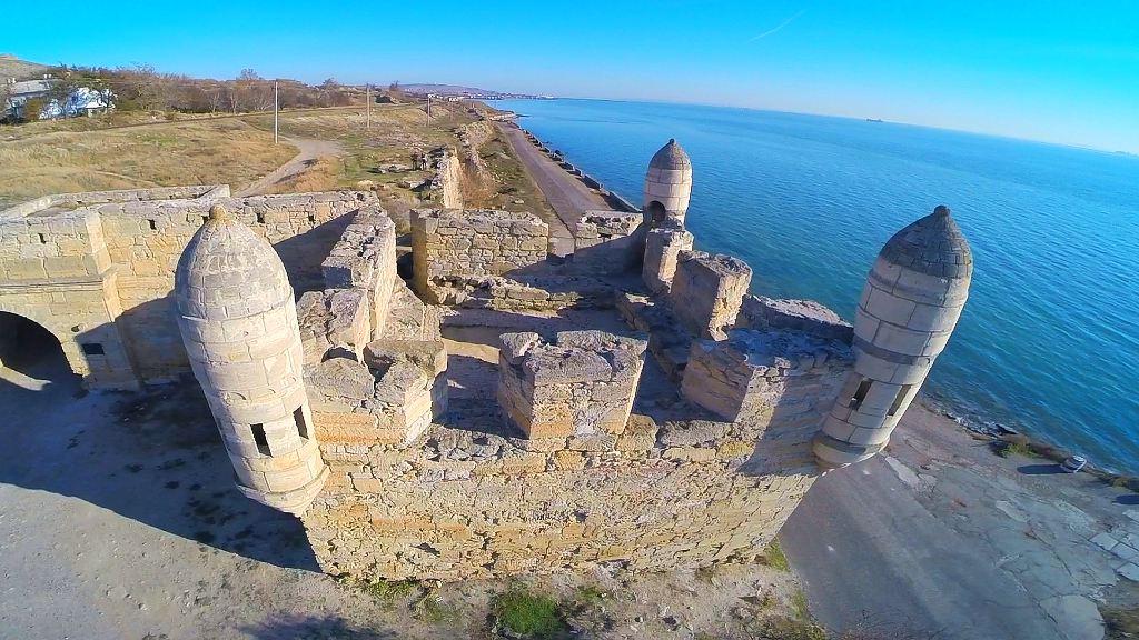 крепость Еникале в Крыму