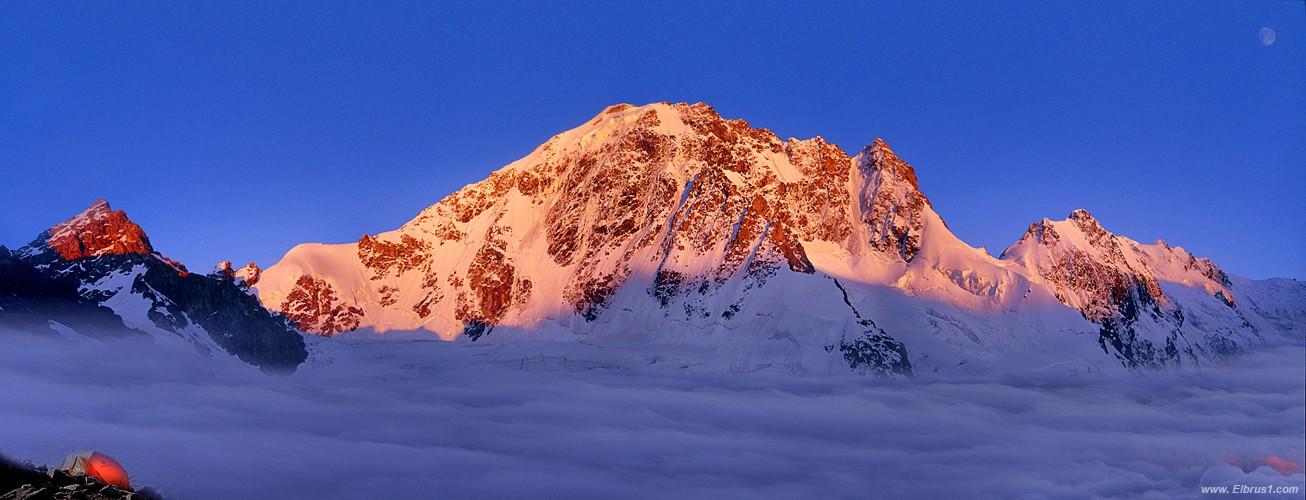 Какая самая большая гора в россии